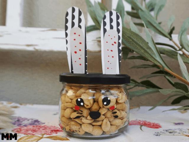 Einfaches Ostergeschenk – Hasenglas mit Füllung