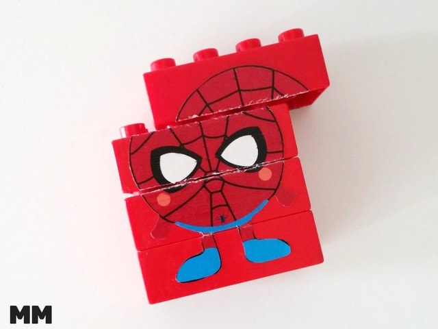 So machst du ein Superhelden Puzzle aus Duplo