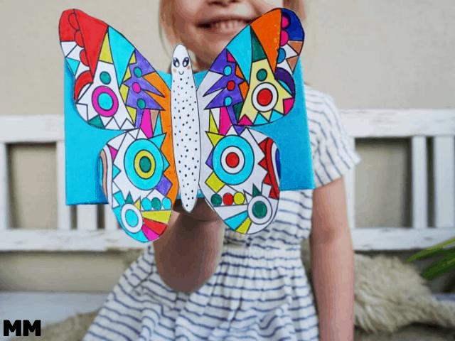 So bastelst du bewegte Mandala Schmetterlinge