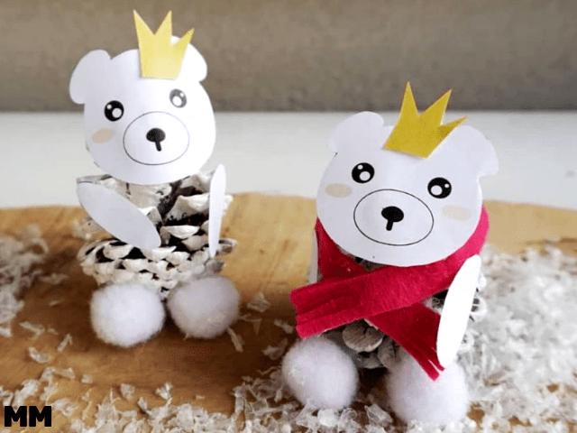 Kleine Eisbären aus Pinienzapfen – mit Freebie