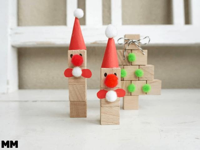 Weihnachtsbasteln mit Holzwürfeln