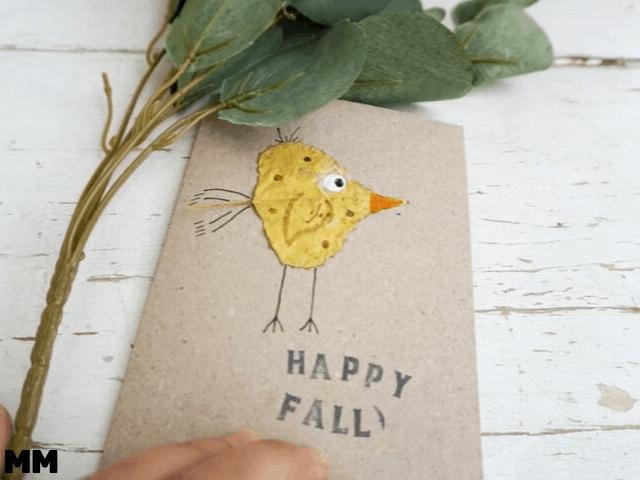 Herbstliche Karte mit Blättern basteln