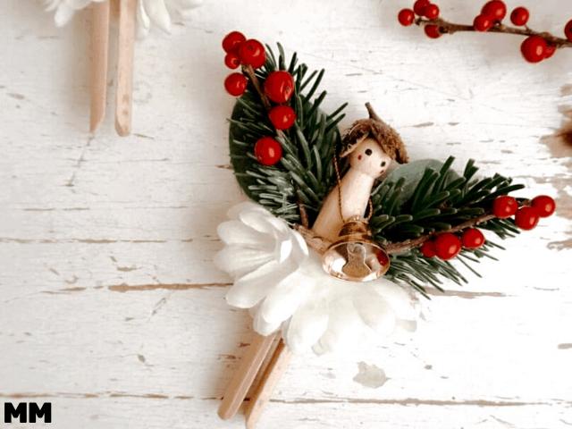 Weihnachtsengel aus alten Wäscheklammern